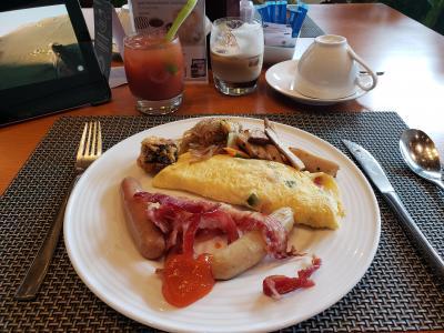 朝食でブラディーマリーが飲めます。各種コーヒーやマキアートも