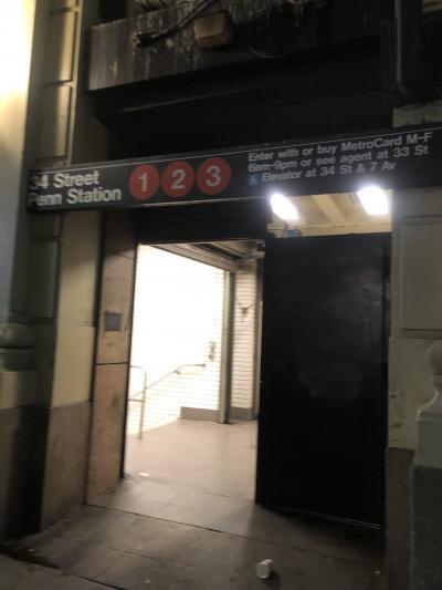 ホテルの横の地下鉄1.2.3号線乗り場