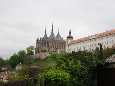 クトナー ホラ 聖バルバラ教会とセドレツの聖母マリア大聖堂のある歴史都市