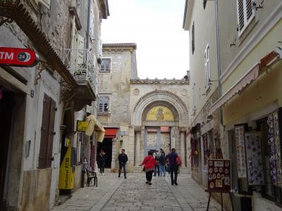 エウフラシウス大聖堂の入口