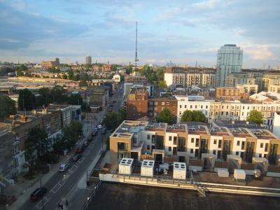 10階の東向きの部屋だったのでロンドン市内が遠望できました。