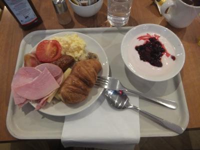 朝食はフル・イングリッシュブレックファーストです。