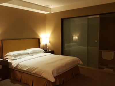 お部屋も広いしバスタブはあるしお値段も安いです。