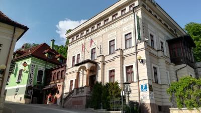 歴史ある邸宅を利用した素敵なプチホテル