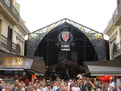 バルセロナで一番人気の観光市場