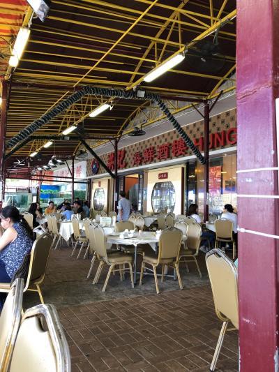 西貢で人気店 デモも安心の場所