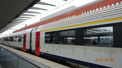 ブリュッセル南駅からICでブルージュに行きました。