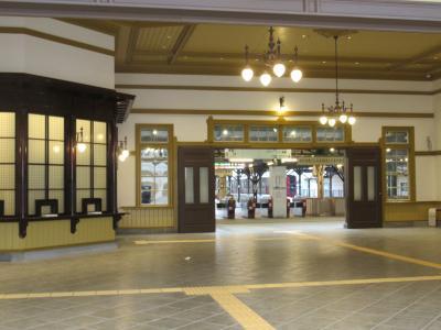 駅舎がグランドオープン