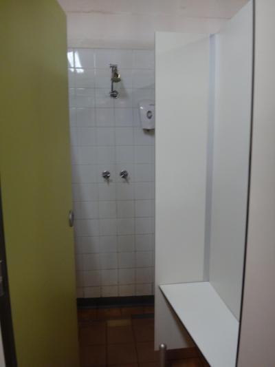 シャワールーム内(リンスインシャンプーあり)
