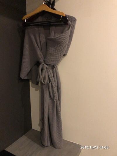 バスローブ、スリッパあります