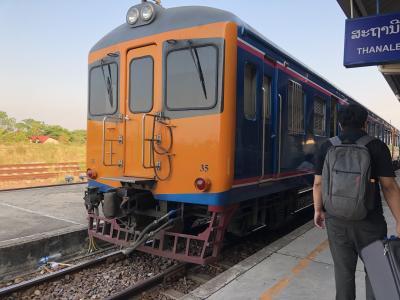 ラオスを走る唯一の列車