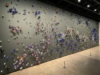 韓国の古美術も、現代アートも。空いているし贅沢な空間です。