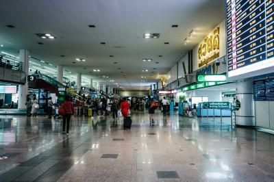 空港へのアクセスはA1バスとBTSが便利そう