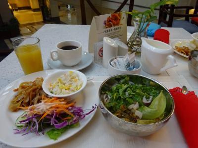 朝食、桂林米粉も