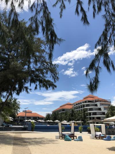ビーチ沿いの大型リゾートホテルの中ではリーズナブル