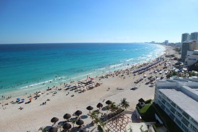 カンクンホテルゾーン、目の前はカリブ海のオーシャンフロントに大満足