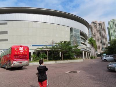 漢神巨蛋購物の隣にあり、 コンサートやスポーツの試合に利用されています