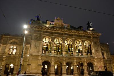 ウィ―ンの象徴 国立オペラ座
