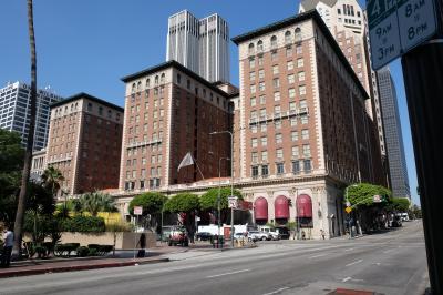 由諸あるホテルではある。。