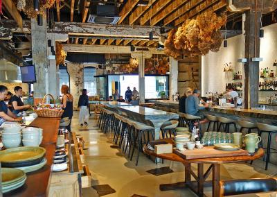 オークランドで、とてもお洒落なベーカリーカフェ アマノ(amano)で朝食いただきました。