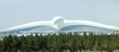 大きな鳥のような「アシガバード空港」!!