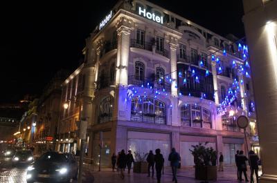 立地良くフレンドリーなデザイナーズホテル