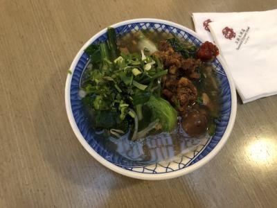朝食の台湾麺