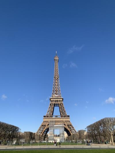 昼と夜の顔 エッフェル塔 パリ