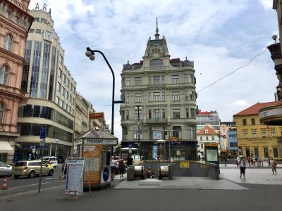ヴァーツラフ広場前