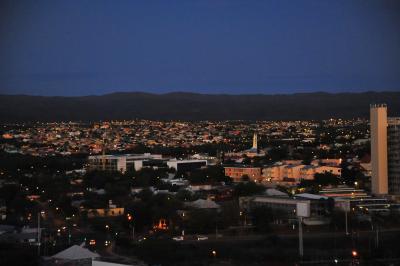 15階展望デッキからの夜景。