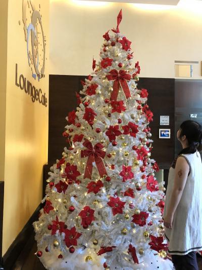 年末でもクリスマスツリーありました
