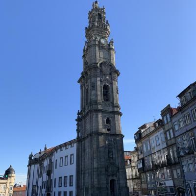 塔の上からは街を一望できるそうです。