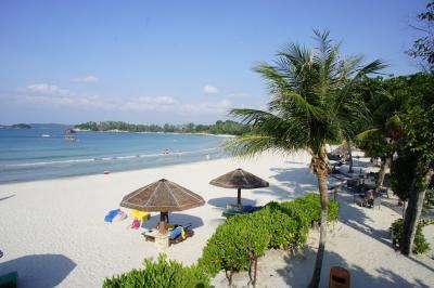 ビーチはアンサナやカッシアと共同利用です
