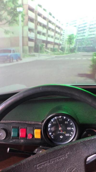 トラビをCGで運転できます!