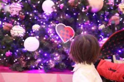 クリスマス時期は大きなツリーがありました