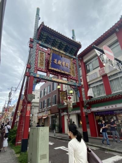 関帝廟通りの西端にある牌楼!