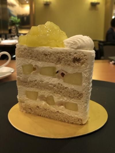 1切れ3800円のエキストラスーパーメロンショートケーキ