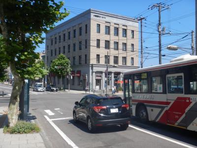 旧三菱銀行小樽支店だった建物を利用