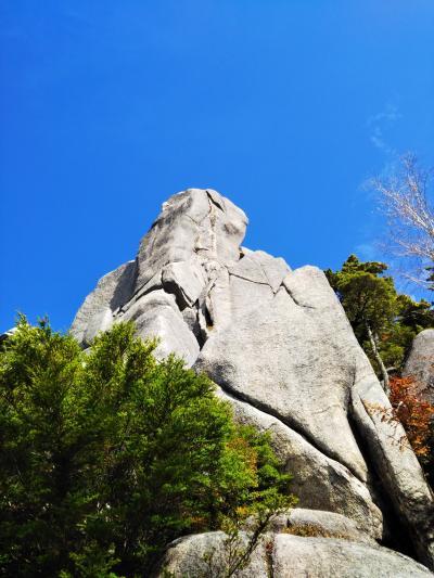 カッコいい岩山