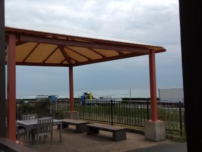 食堂から遠州灘を眺めて