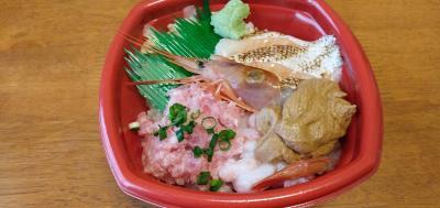 人気の海鮮丼専門店