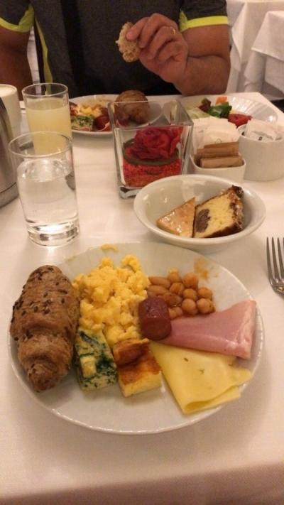 朝食ブッフェ美味しかったです。