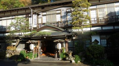 旅籠の雰囲気が残る木造建築の旅館