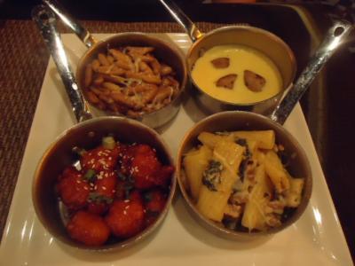 小皿で盛り付けを美しく食べれるバフェ