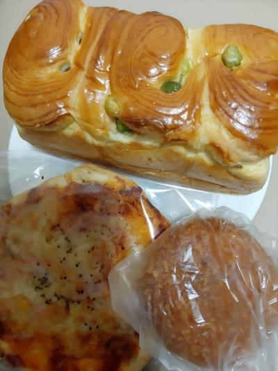 ふっくら甘くて柔らかい青豆パンが人気商品