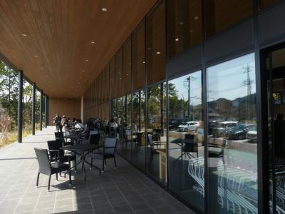 発酵食品店併設のレストランで女性客に人気