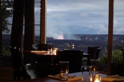 活火山の炎を見ながらディナー(食事だけのレビューです)