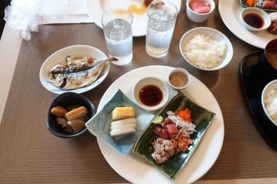 朝から海鮮丼!