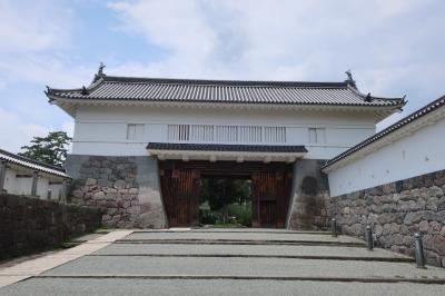 小田原城二の丸の表門