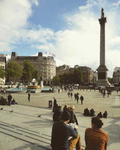 ロンドン行ったら一度は通りかかる有名な広場「トラファルガー・スクエア」